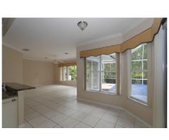 Florida Home - Image 3/5